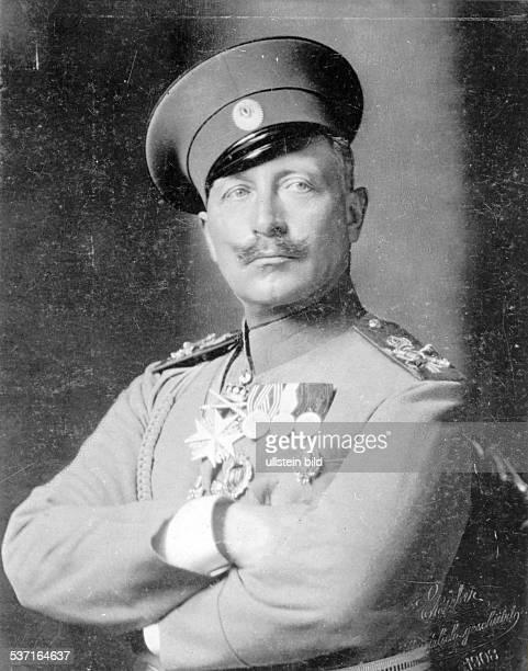 Wilhelm II Deutscher Kaiser 18881918 König von Preussen in der Uniform seines russischen 85 Infanterieregiments Wiborg 1908 Foto Bieber Emil