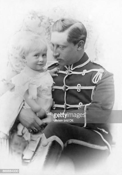 Wilhelm II Deutscher Kaiser Koenig von Preussen Letzter Deutscher Kaiser 18881918 Portrait mit seinem Sohn Prinz Wilhelm von Preußen Originalaufnahme...