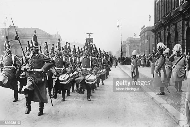 Wilhelm II German Emperor saluting the guards parade Berlin 1914