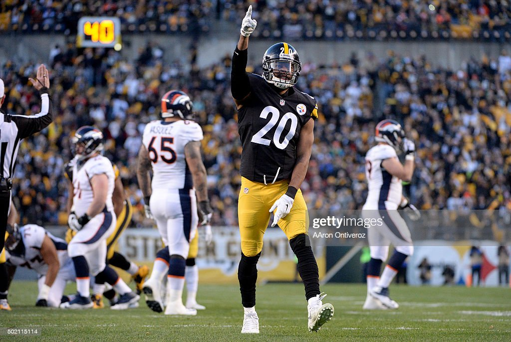 Will Allen (20) of the Pittsburgh Steelers celebrates a fumble recovery against the Denver Broncos, which set up a 7-0 touchdown run by DeAngelo Williams (34) during the first half of play at Heinz Field. The Pittsburgh Steelers hosted the Denver Broncos on Sunday, December 20, 2015.