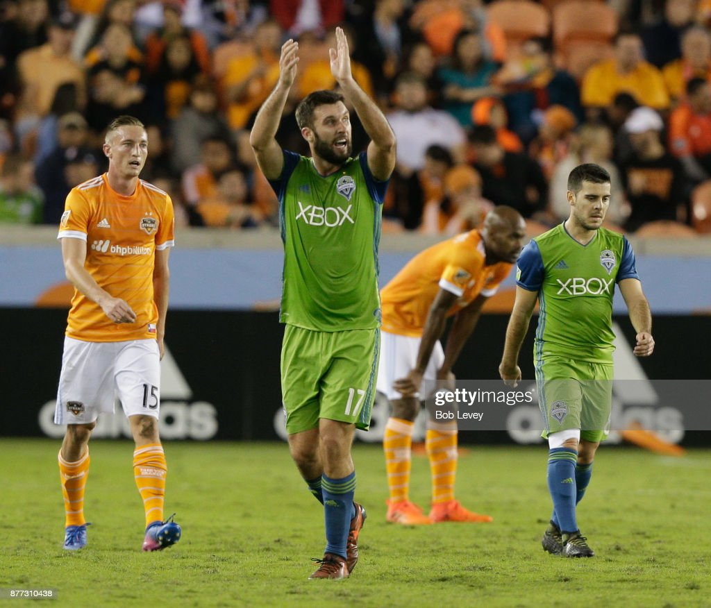Will Bruin #17 of Seattle Sounders applaudes as he is substituted to the disdain of the crowd at BBVA Compass Stadium on November 21, 2017 in Houston, Texas.