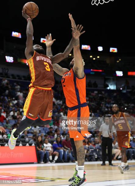 Will Bynum of Bivouac shoots as Andre Emmett of 3's Company defends during the BIG3 Playoffs at Smoothie King Center on August 25, 2019 in New...
