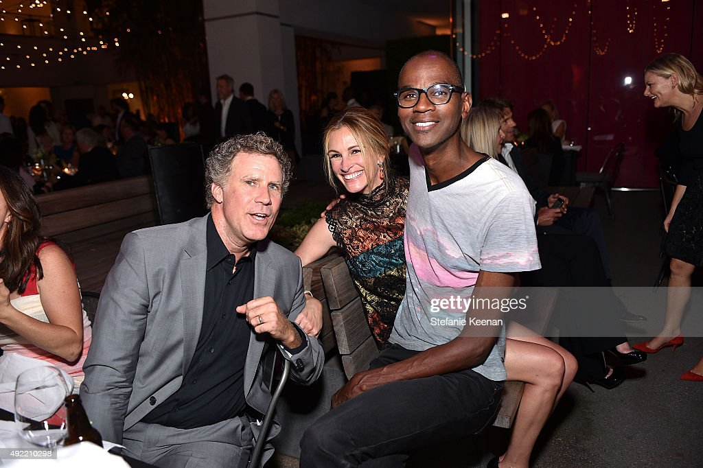 Will Ferrell, Julia Roberts, wearing Bottega Veneta, and Mark Bradford attend Hammer Museum's 'Gala in the Garden' Sponsored by Bottega Veneta at Hammer Museum on October 10, 2015 in Westwood, California.