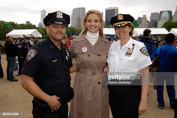 Will Garcia Laurie Dhue and Kathy Ryan attend THE NEW YORK JUNIOR LEAGUE Mother's Day Race to Erase Domestic Violence at Central Park on May 14 2006...