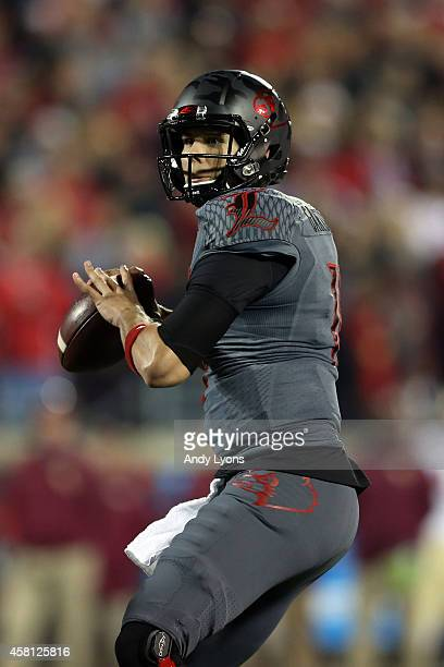 Will Gardner of the Louisville Cardinals throws the ball against the Florida State Seminoles in the first quarter during their game at Papa John's...