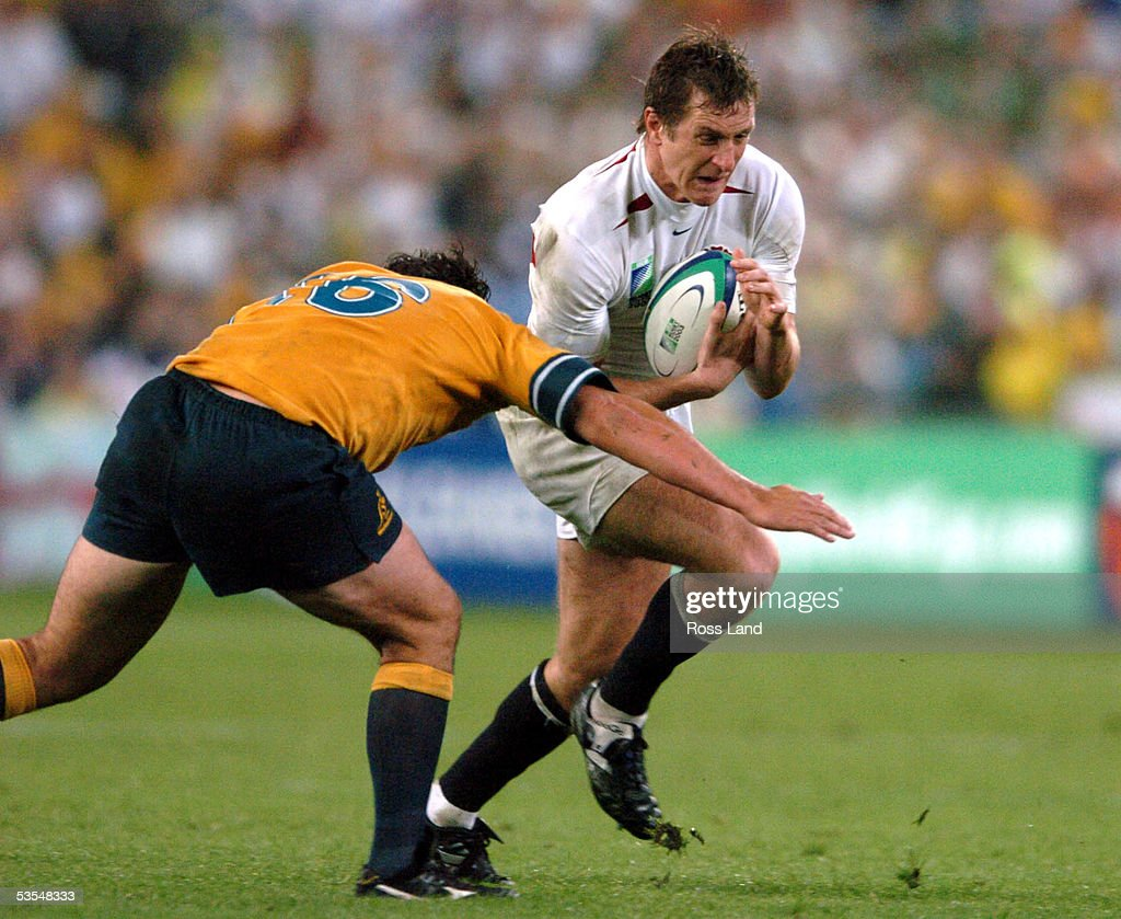 Will Greenwood Runs Into The Tackle Of Jeremy Paul : News Photo