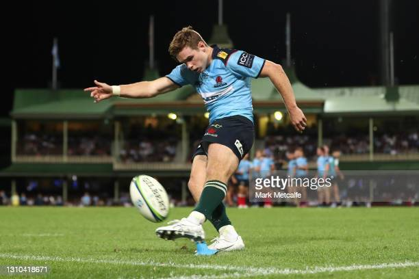 Will Harrison of the Waratahs misses a conversion to draw the round 7 Super RugbyAU match between the NSW Waratahs and the ATC Brumbies at Sydney...