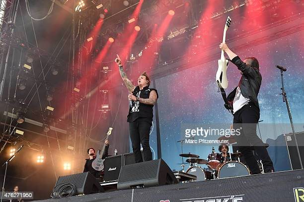 Will James Jacoby Shaddix and Jerry Horton of Papa Roach perform on stage during the third day of 'Rock am Ring' at the Flugplatz Mendig on June 7...