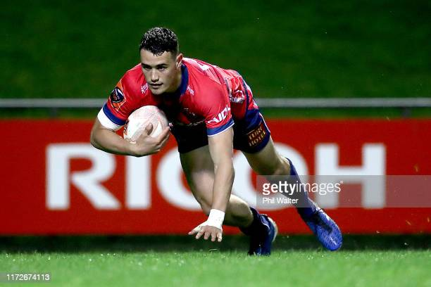 Will Jordan of Tasman scores a try during the round 5 Mitre 10 Cup match between Counties Manukau and Tasman on September 06, 2019 in Pukekohe, New...
