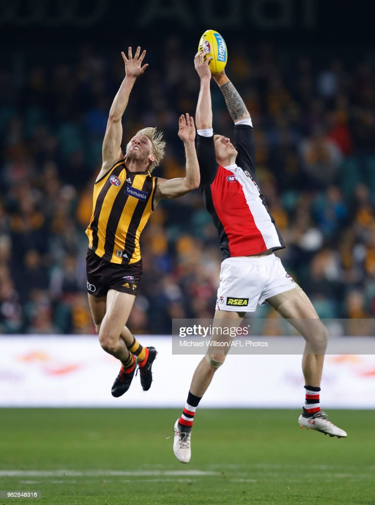 Will Langford of the Hawks and Jake Carlisle of the Saints compete for the ball during the 2018 AFL round six match between the Hawthorn Hawks and the St Kilda Saints at UTAS Stadium on April 28, 2018 in Launceston, Australia.