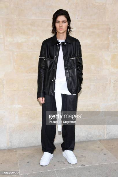Will Peltz attends the Louis Vuitton Menswear Spring/Summer 2018 show as part of Paris Fashion Week on June 22 2017 in Paris France