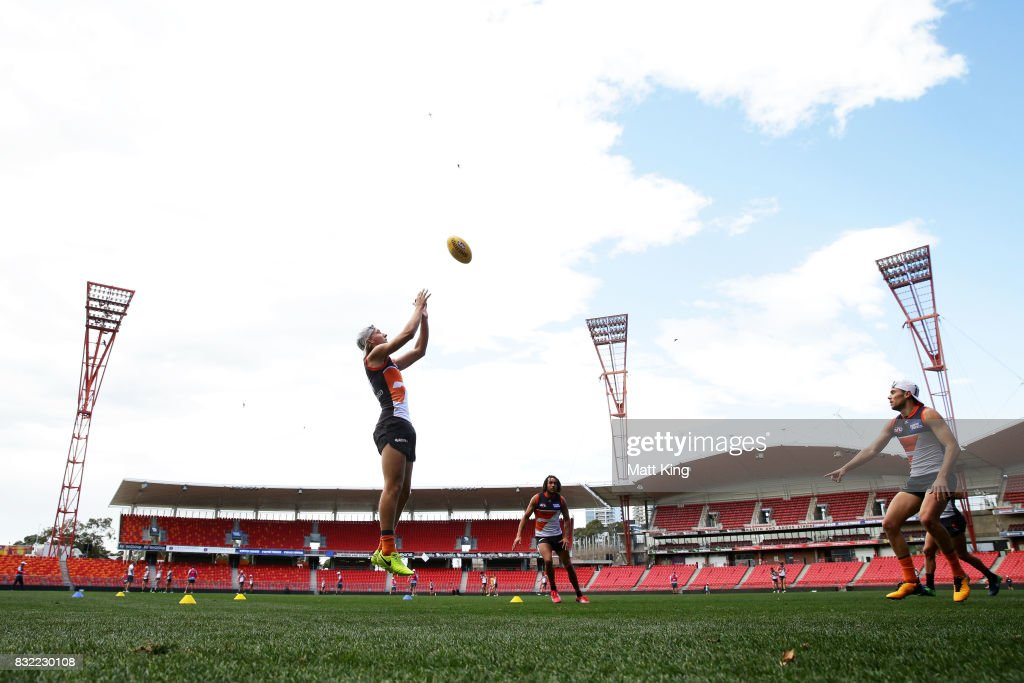 Will Setterfield of the Giants jumps for the ball during a Greater Western Sydney Giants AFL training session at Spotless Stadium on August 16, 2017 in Sydney, Australia.