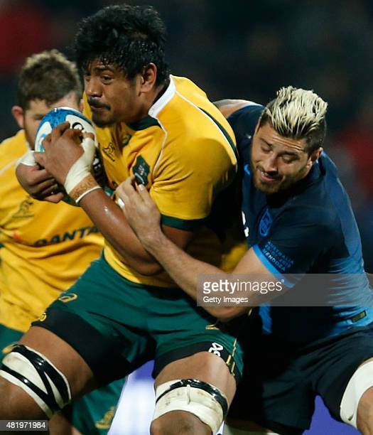 Will Skelton of Australia fights for the ball with Javier Ortega Desio of Argentina during a match between Australia and Argentina as part of The...