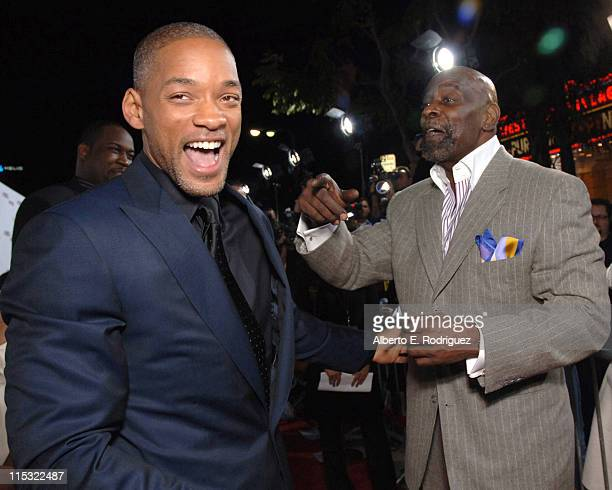 Will Smith and Chris Gardner during 'The Pursuit of Happyness' Los Angeles Premiere Red Carpet at Mann Village Theater in Westwood California United...