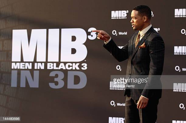 Men In Black Film Series Pictures and Photos - Getty Images