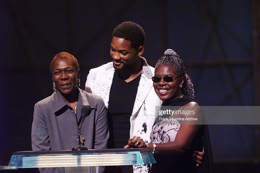 Will Smith with the mothers of slain rap stars Tupac Shakur and Notorious BIG at the 1999 MTV Video Music Awards at the Metropolitan Opera House, Lincoln Center in New York City, 9/9/99.