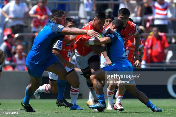 Will Tupou of Sunwolvesruns with the ball during the Super Rugby match between the Sunwolves and the Blues at Prince Chichibu Stadium on July 15 2017...