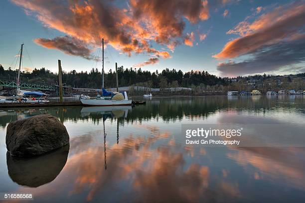 willamette river sunset - willamette river stock photos and pictures