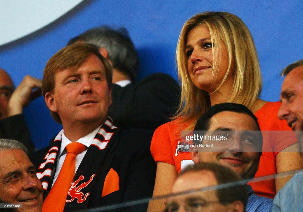 Netherlands v Russia - Euro 2008 Quarter Final : News Photo