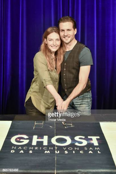 Willemijn Verkaik and Alexander Klaws during the rehearsal of 'Ghost The Musical' on October 24 2017 in Berlin Germany