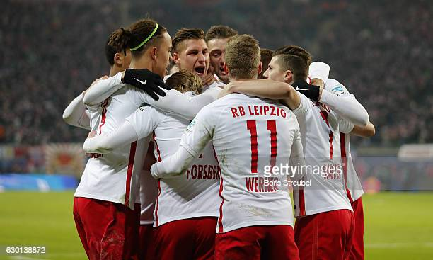 Willi Orban of RB Leipzig celebrates with team mates after scoring his team's second goal during the Bundesliga match between RB Leipzig and Hertha...