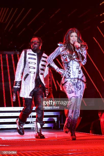 William and Fergie of Black Eyed Peas perform live on stage during a concert at Palais Omnisports de Bercy on May 20 2010 in Paris France
