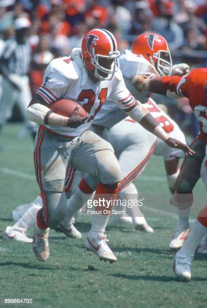 William Andrews of the Atlanta Falcons carries the ball against the San Francisco 49ers during an NFL football game September 20 1981 at...