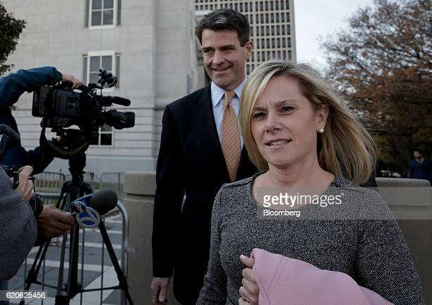 William Bill Baroni former deputy executive director of the Port Authority of New York New Jersey left and Bridget Anne Kelly former deputy chief of...