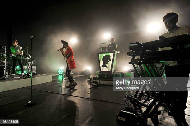 William Bowerman Elly Jackson Mickey O'Brien and Michael Norris of La Roux performs on stage at Shepherds Bush Empire on November 25 2009 in London...