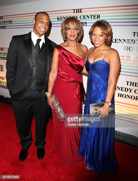 William Bumpus Gayle King Kirby Bumpus attend the 2010 Kennedy Center Honors Ceremomy in Washington DC
