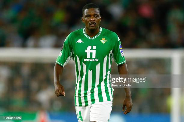 William Carvalho of Real Betis during the UEFA Europa League match between Real Betis and Bayer 04 Leverkusen played at Benito Villamarin Stadium on...