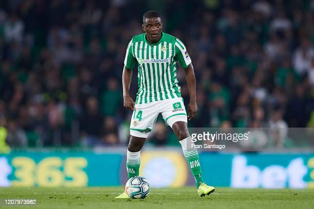 William Carvalho of Real Betis in action during the Liga match between Real Betis Balompie and RCD Mallorca at Estadio Benito Villamarin on February...