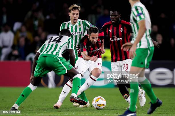 William Carvalho of Real Betis Sergio Canales of Real Betis Andrea Bertolacci of AC Milan Franck Kessie of AC Milan during the UEFA Europa League...