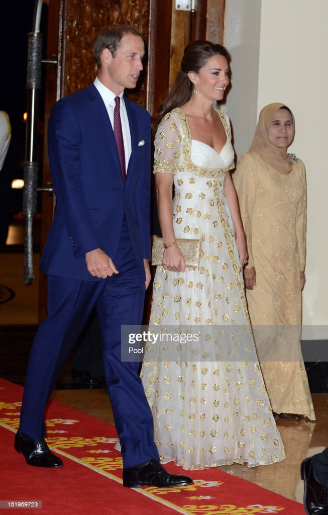 William, Duke of Cambridge (L) and Catherine, Duchess of Cambridge (C) attend an official dinner hosted by Malaysia's Head of State Sultan Abdul Halim Mu'adzam Shah of Kedah on Day 3 of Prince William, Duke of Cambridge and Catherine, Duchess of Cambridge's Diamond Jubilee Tour of South East Asia at the Istana Negara on September 13, 2012 in Kuala Lumpur, Malaysia. Prince William, Duke of Cambridge and Catherine, Duchess of Cambridge are on a Diamond Jubilee Tour of South East Asia and the South Pacific taking in Singapore, Malaysia, Solomon Islands and Tuvalu.