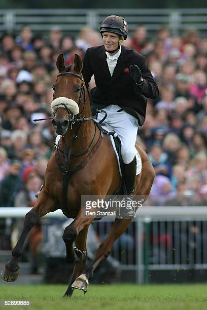 William Fox-Pitt jumps his horse Tamarillo to victory in the show jumping phase of Burghley Horse Trials on September 7, 2008 in Stamford...