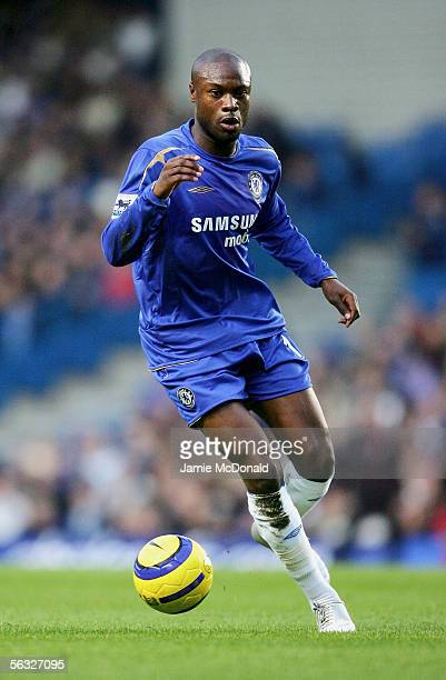 William Gallas of Chelsea controls the ball during the Barclays Premiership match between Chelsea and Middlesbrough at Stamford Bridge on December 3...