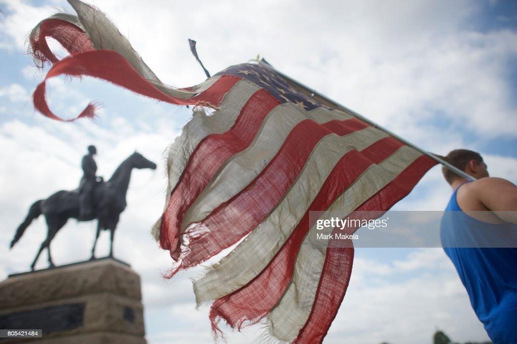 Groups Protest on Gettysburg National Historic Park Battlefield : News Photo