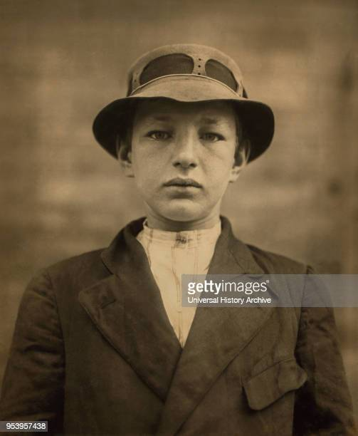 William Gross, 15-year-old Newsboy, has been selling Newspapers for 5 years, Average Earnings 50 cents per week, also Guides Men to Houses of...