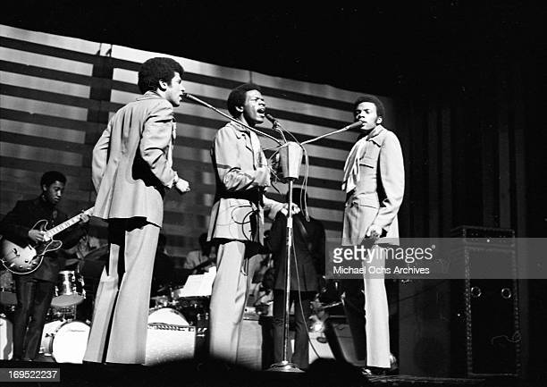 William Hart Wilbert Hart and Randy Cain perform onstage at the Apollo Theatre with their new 3pronged microphone stand on October 15 1968 in New...