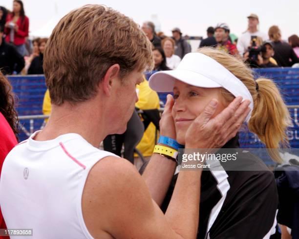 William HMacy and Felicity Huffman at the 'Nautica Malibu Triathlon'