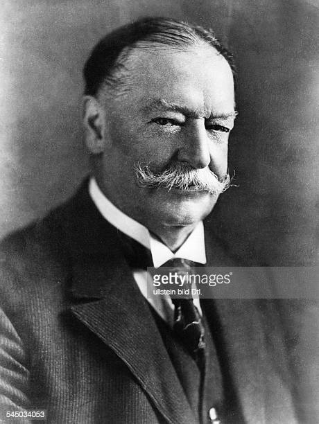 William Howard Taft *15091857Politiker Republikaner USA27 Präsident 19091913 Porträt undatiert