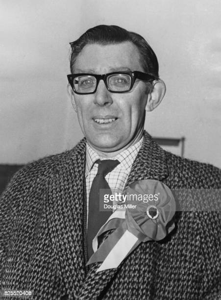 William Howie the Labour candidate for Luton out canvassing in the runup to the byelection UK 29th October 1963
