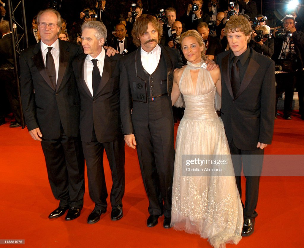 William Hurt, David Cronenberg, Ashton Holmes, Maria Bello and Viggo Mortensen