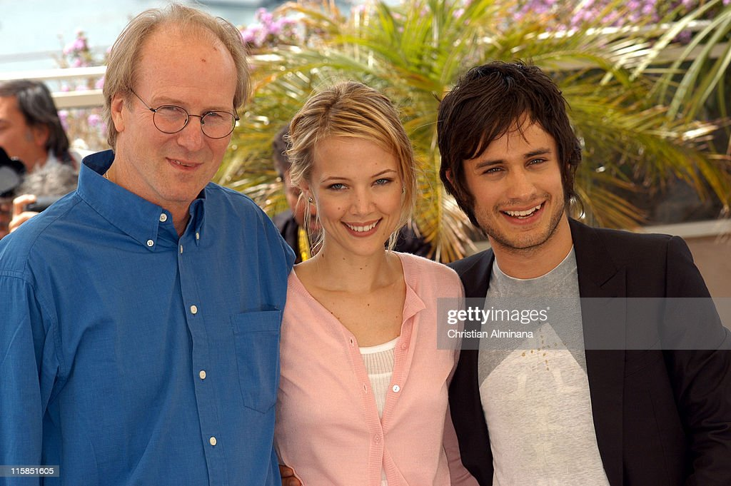 William Hurt, Pell James and Gael Garcia Bernal during 2005 Cannes Film Festival - 'The King' Photocall in Cannes, France.