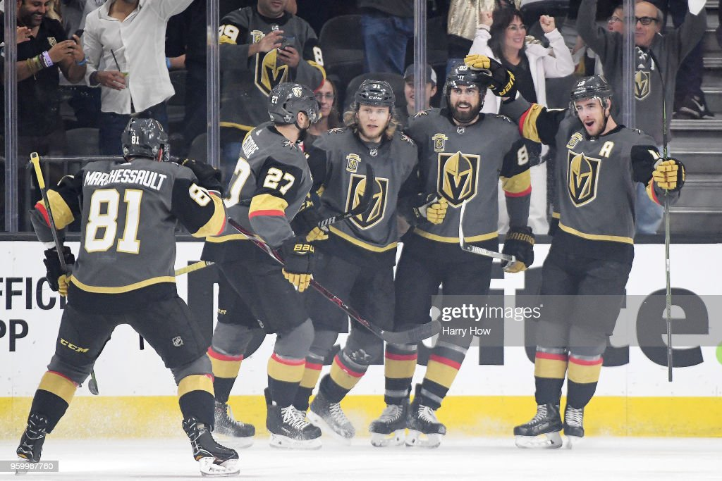 William Karlsson #71 of the Vegas Golden Knights celebrates with his teammates after scoring a first-period goal against the Winnipeg Jets in Game Four of the Western Conference Finals during the 2018 NHL Stanley Cup Playoffs at T-Mobile Arena on May 18, 2018 in Las Vegas, Nevada.