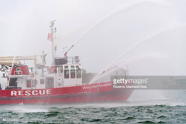 William Lyon Mackenzie is a fireboat for the Toronto Fire Services It was built in 1964 with a modified Tugboat hull to provide marine fire fighting...