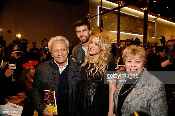 William Mebarak Chadid Barcelona footballer Gerard Pique Shakira and Nidia Ripoll Torrado attend a press conference for her father William Mebarak...