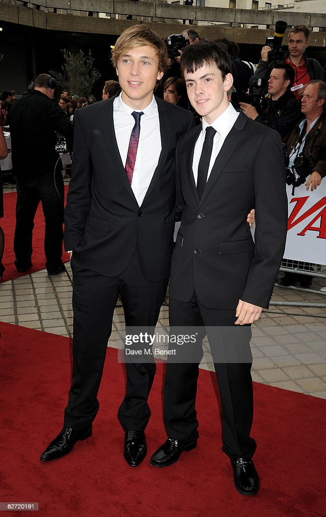 The National Movie Awards 2008 - Arrivals : News Photo