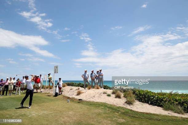 William Mouw of Team USA plays his shot from the 17th tee during Day One of The Walker Cup at Seminole Golf Club on May 08, 2021 in Juno Beach,...