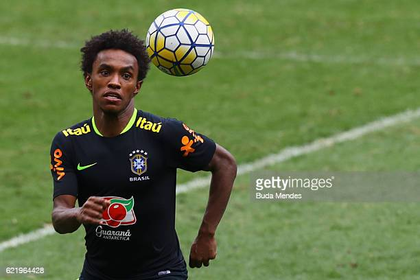 William of Brazil controls the ball during a training session at Mineirao Stadium on November 9 2016 in Belo Horizonte Brazil